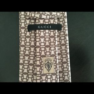 FINAL PRICE! SALE!💫Authentic GUCCI silk tie.